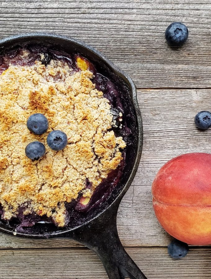 Paleo Blueberry and Peach Crumble (gluten free, refined sugar free)